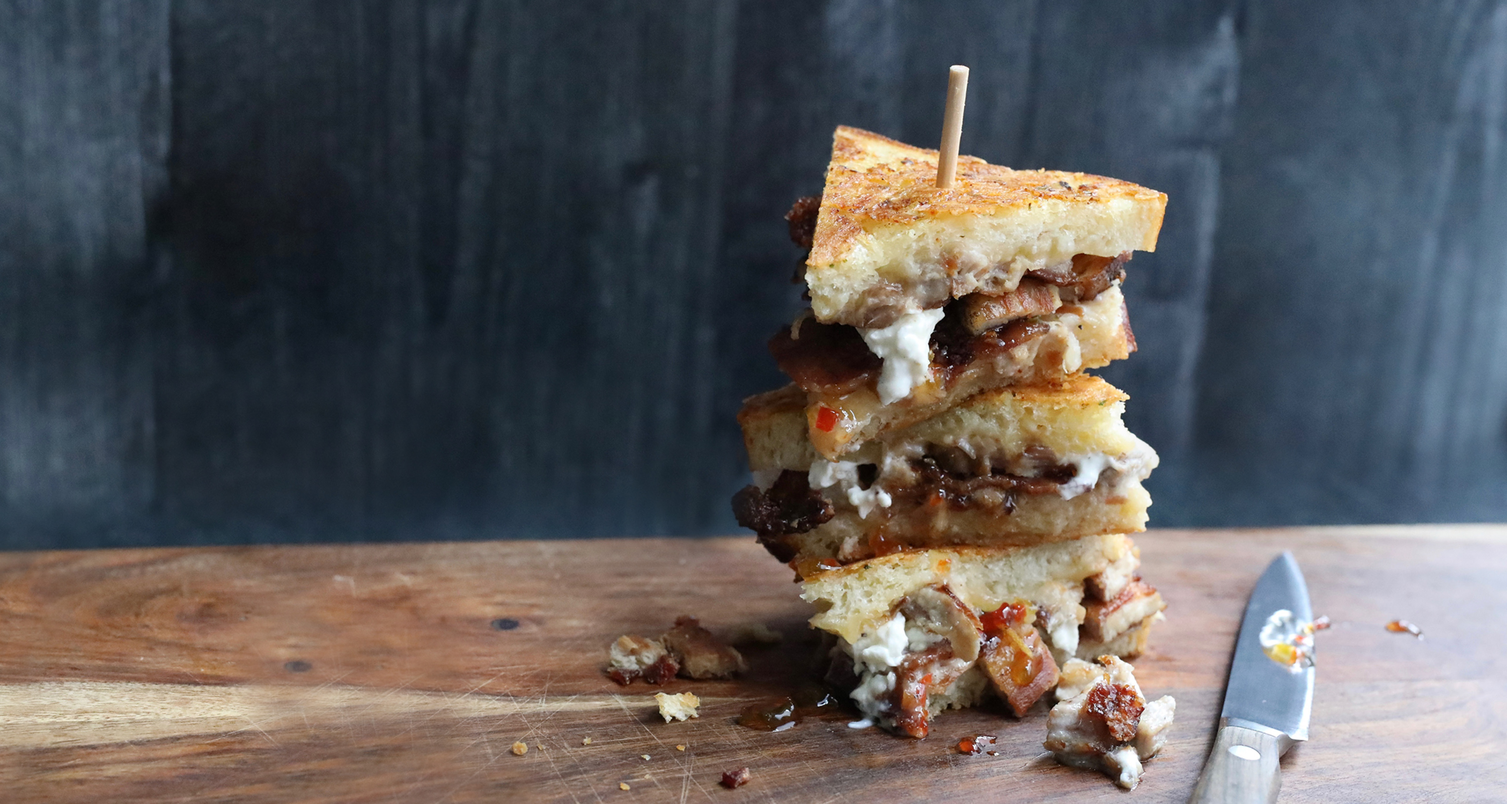 pig candy grilled cheese